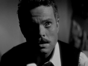 http://www.filmnoirblonde.com/wp-content/uploads/2013/01/Welles-in-The-Stranger.jpg