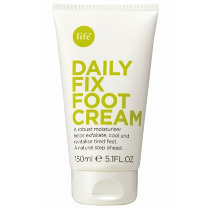 The nice girls at Space NK in Brentwood recommended Life Daily Fix Foot Cream to heal my dry cracked heels. Perfect for a post-yoga slather. Take that, Warrior 3 and Reverse Half Moon!
