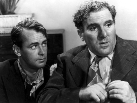 Johnny (Alan Ladd) watches out for fellow vet Buzz (William Bendix).