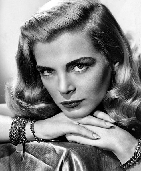 Lizabeth Scott was born Emma Matzo in Scranton, Pa., one of six children. Her parents emigrated from the Ukraine.