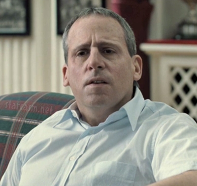 Steve Carell is almost unrecognizable as creepy John du Pont.